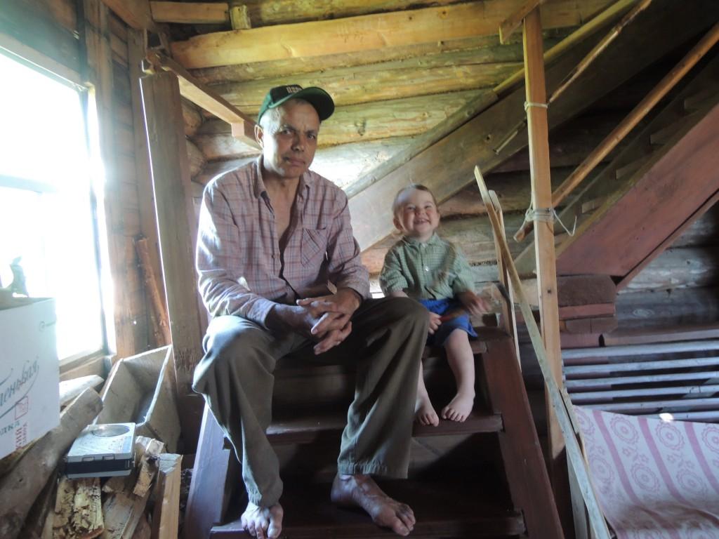 Старший Сергей слева.